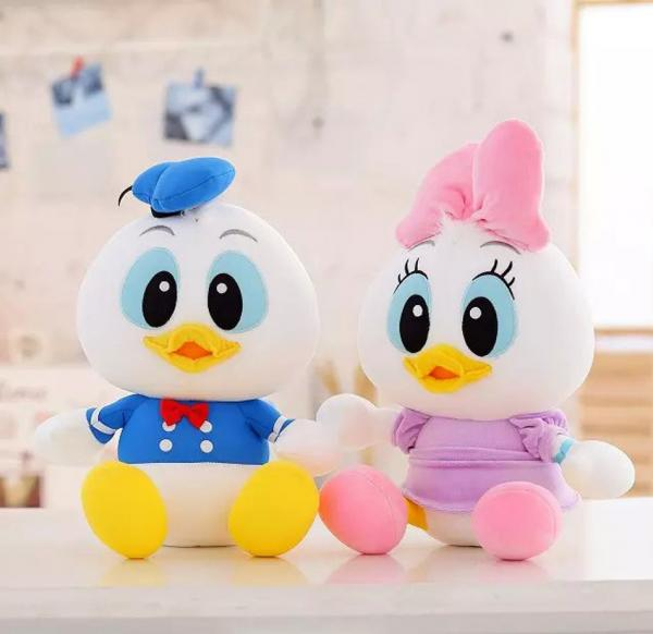 Disney Donald Duck And Daisy With Foam Particle Material