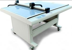 China Gd Cutting Table Machine Cardboard Sticker Decal Cutter Plotter Machine on sale