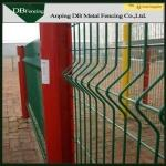 High Strength Curvy Welded Wire Fence , Plastic Coated Wire Mesh Fencing