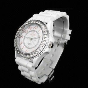 China Silicone Geneva/Rolex/Casio Watch with Diamond, Waterproof, Quartz Movement on sale