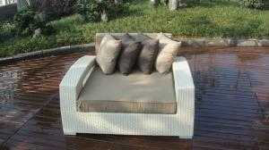 China Outdoor Rattan Furniture Lounge Sofa , Luxury Conservatory Sofa Bed on sale