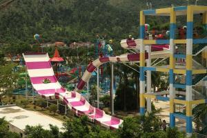Quality Custom Water Slides, Amusement Park Boomerang Aqua Slide for Gaint Water Park for sale