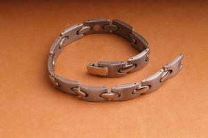 China Magnetic Bracelet-titanium Bracelet-inlaid Magnet on sale