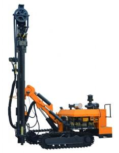 China Compact portable borehole drilling rigs , self propelled hydraulic drilling equipment on sale