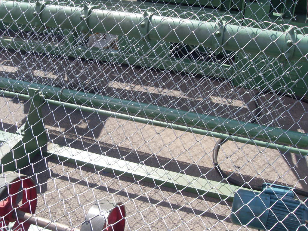Galvanized Cyclone Wire Mesh/Sports Ground Fence for sale – Chain ...