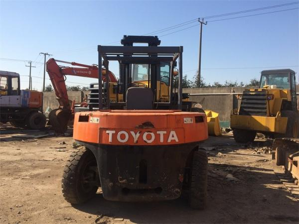 Low Price Used Toyota Forklift 7 Ton FD70 Hot Sale in JAPAN