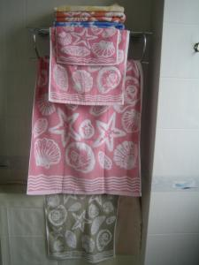 China 100%Cotton Yarn Dyed Fancy Bath Towels Factory Direct on sale