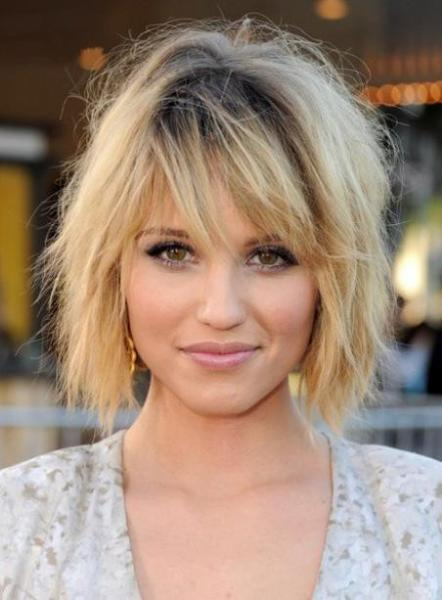 Short Straight Dark Root Blonde Bob Hairstyle Side Swept Fringes