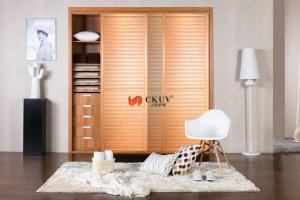 China Contemporary Kitchen / Wardrobe Sliding Louvered Closet Doors Opening Smoothly on sale
