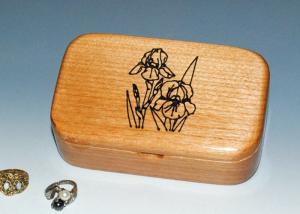 China Natural Wood Solid Timber Jewellery Box , Handmade Wooden Earring Jewelry Box on sale