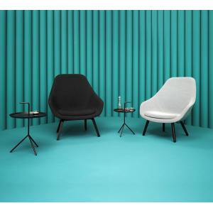 China Fabric Hay Lounge Chair With Wood Legs , Modern Furniture Low Lounge Chair on sale