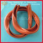 La línea aérea de goma del silicio cubre el tubo