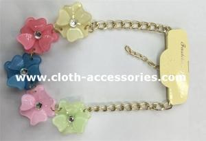 China Resin CrystalHandmade Beaded Necklaces 10 Inch With Five Flowers on sale