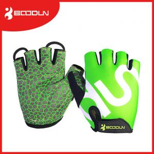 China 2016 Hot Selling Non Slip  Microfiber Half Fingers Sport Gloves With High Quality on sale