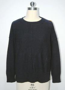 China Adults Womens Oversized Sweaters Blends Yarn 7GG Computer Knitted on sale