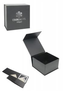 China Black Foldable Shoe Box with Magnet Closure, Custom Logo Book Shaped Gift Box Apparel Paper Packaging on sale