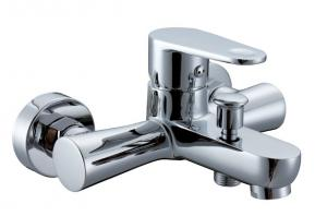 China Low Pressure Bathtub Mixer Taps With Shower , Contemporary Bathtub Faucets on sale