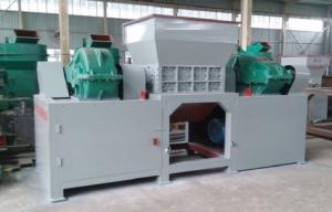 China Shred Wood Pallet Wood Crusher Machine 3-6T/H Capacity on sale