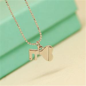 China Hot Selling Fashion Jewelry China Supplier Lock Shape 18K Gold Plaed Korean Japan Fashion Necklaces Pendant Necklace on sale
