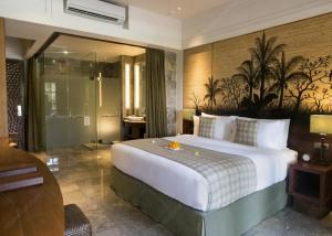 China Fire - Proof Hilton Hotel Furniture Sets With Walnut Veneer / Ebony Wood Furniture Set on sale