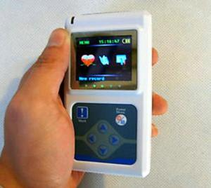 China Dynamic Portable Patient Monitor 24 Hours Monitoring ECG Holter 2×AA Battery on sale