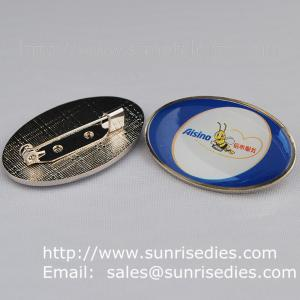 China Epoxy dome lapel pin badge with safety pin, China lapel pin badge factory for cheap on sale