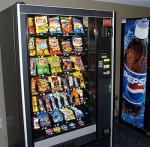 Машина автоматической конфеты распределяя через деятельность монетки импульса