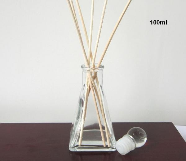 Custom 100ml Scented Glass Reed Diffuser Vase With Glass Plug Ts