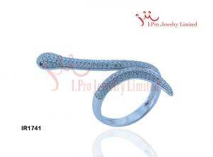 China 925 Sterling Silver Snake Ring With Black eyes in Rhodium plated. on sale