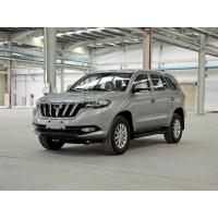 China Multi Purpose Gorgeous City SUV Car 4*2 Drive Gasoline Engine Fuel Saving on sale