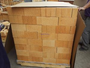 Quality Fireplace / Pizza Ovens Clay Fire Brick Refractory High Thermal Insulation for sale
