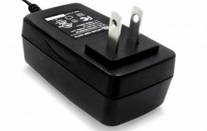 China Easy Carry Universal AC DC Charger Adapter2A Durable Housing For Electric Tools on sale