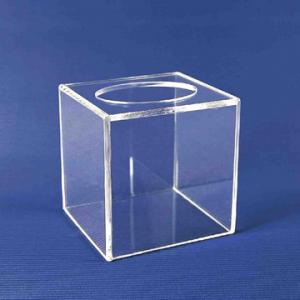 China Promotional Clear Acrylic Tissue Box For Home / Hotel  20cm * 20cm * 20cm on sale