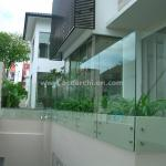Standoff Widely Used Spigot Glass Railing for Balcony / Stairs