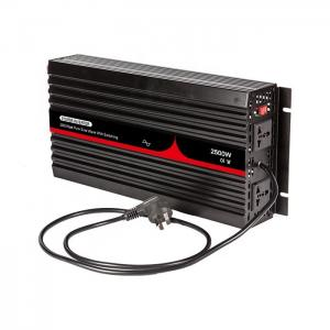 China 2500W Single Phase Inverter Pure Sine Wave Hybrid Solar Inverter With Switching on sale