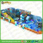 Дети паркуют оборудование игры детей деталя крытое и детей города игры игры детей скольжения мягких спортивную площадку крытого крытую