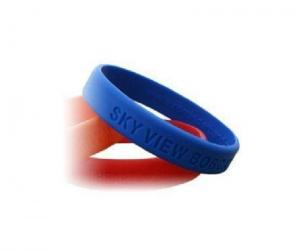 China custom debossed silicone wristband , debossed silicone bracelet for promotion on sale