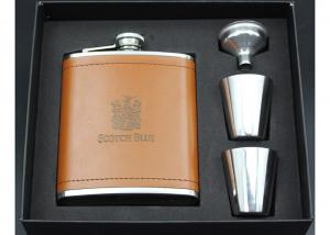 China Leather Kitchen Household Items Scottish Hip Flask Set For Outdoor Travel on sale