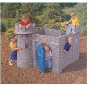 China Custom Wood Kids Garden Cubby Play House European Castle on sale
