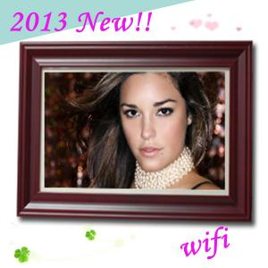 Captivating 32 Inch Large Size Digital Photo Frame With WIFI Multimedia Player For ...