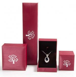 China Creative Design Jewelry Plastic Box Mechanical Production For Pendant / Necklace on sale