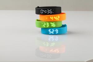 China Multi-function Sport Fitness Wristband Bracelet Watch USB 3D Pedometer Smart Bracelet both on sale
