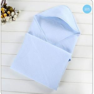 China Multi Colored Baby Care Cotton Products Hold Quilt Soft Touch Comfortable on sale