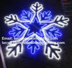 giant snowflake light