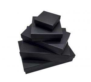 China Custom Size Board Game Jigsaw Square Matte Black Head Gift box on sale