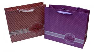 China OEM Colorful Sweet Paper Carrier Bag With Ribbon Handle , Logo Silk-screen / Hot Stamping and Woven on sale