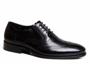 China Goodyear Mens Black Leather Brogues , Carved Handmade Men Business Casual Shoes on sale