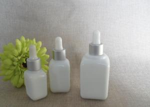 China Round Shape Small Essential Oil Glass Vials Child Proof With Eye Dropper on sale