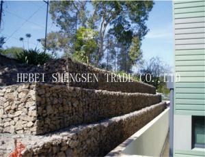 China Galvanize Gabion Wire Mesh Double Twist Hexagonal Mesh Low Carbon Steel on sale