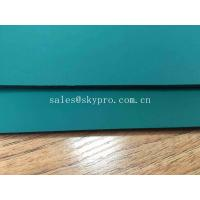 Anti - Shock Recycled Rubber Sheet / Embossed Surface Rubber Mat For Cars
